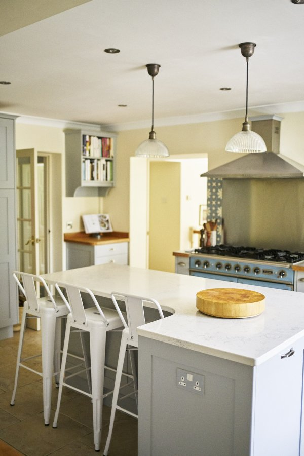 shaker kitchen stools