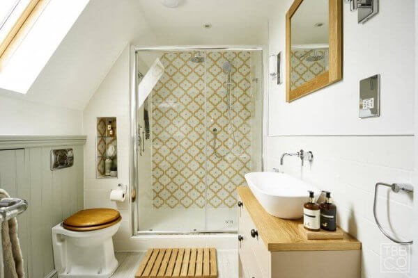 The Brighton Bathroom Company - Classically styled small bathroom with tongue and groove panelling